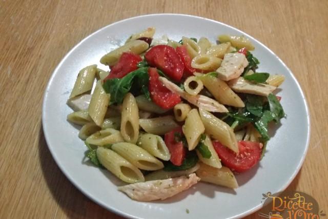Penne Pesto Pollo e Pomodorini