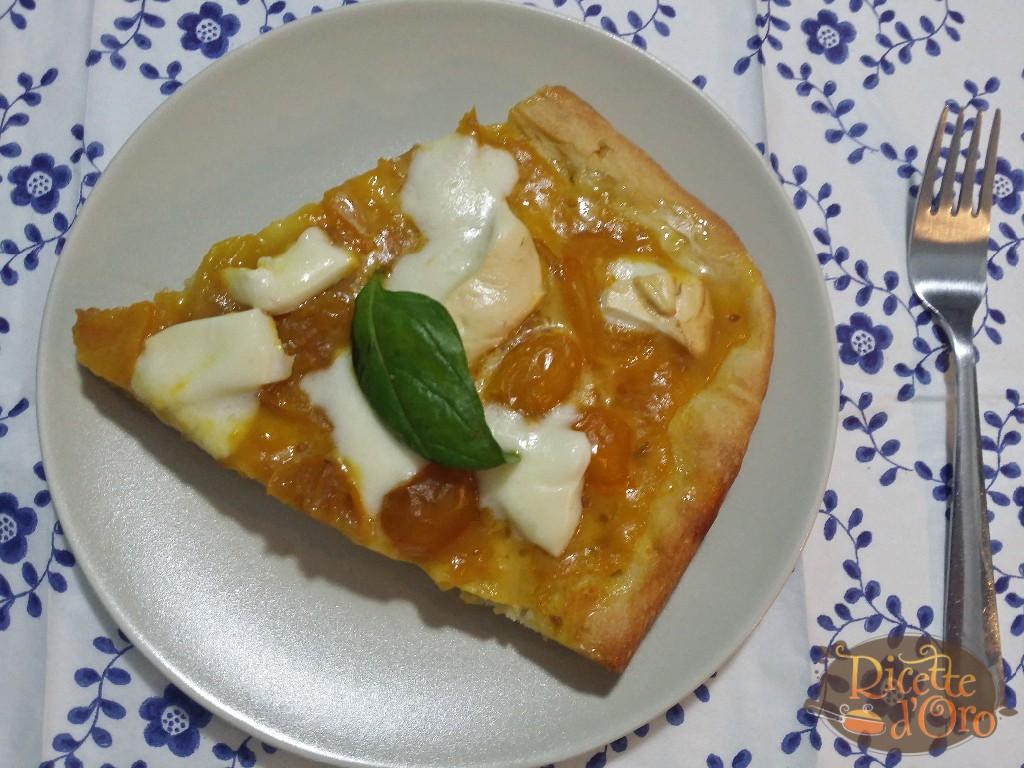 pizza-margherita-con-datterini-gialli