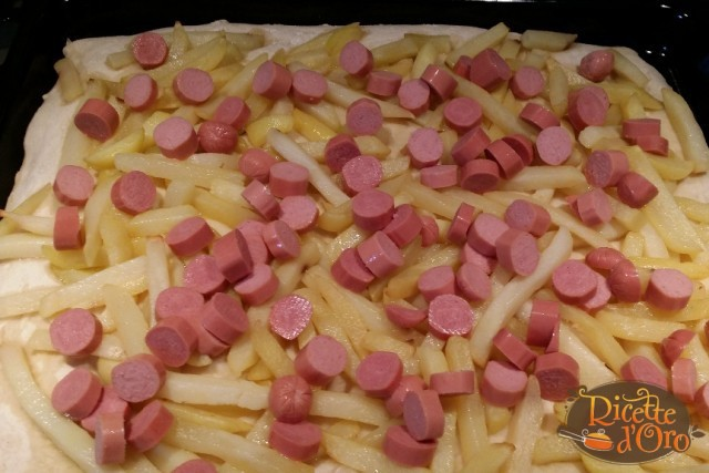 pizza-wurstel-e-patatine3