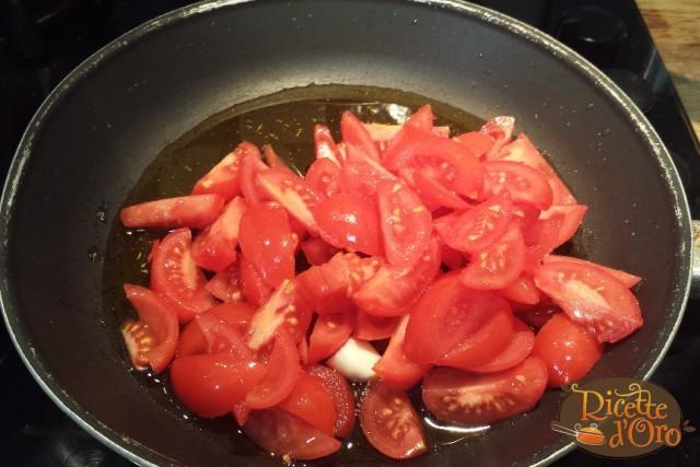 pasta-cozze-e-melanzane-pomodorini