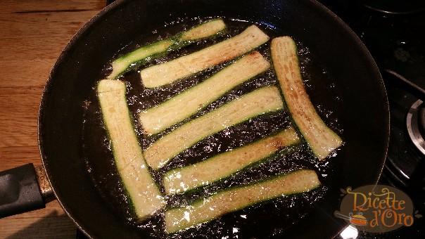 Parmigiana-di-zucchine-fritte