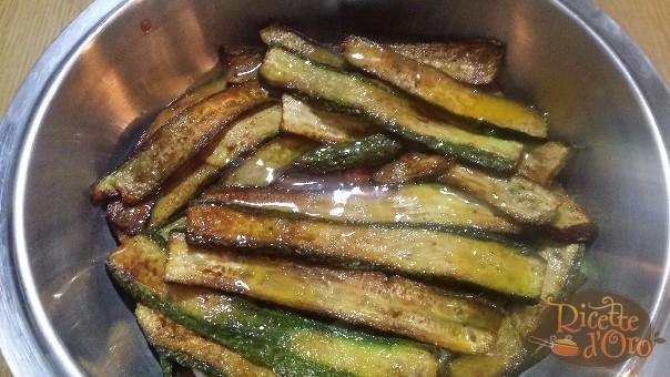 Parmigiana-di-zucchine-secondo-strato