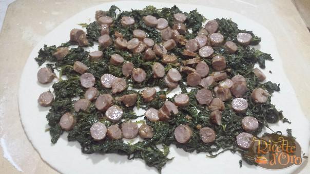 rotolo-salsiccia-friarielli2