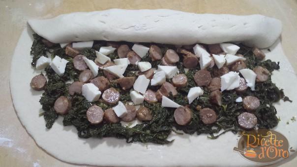 rotolo-salsiccia-friarielli-da-arrotolare