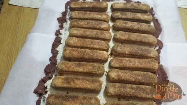tronchetto-di-castagne-savoiardi