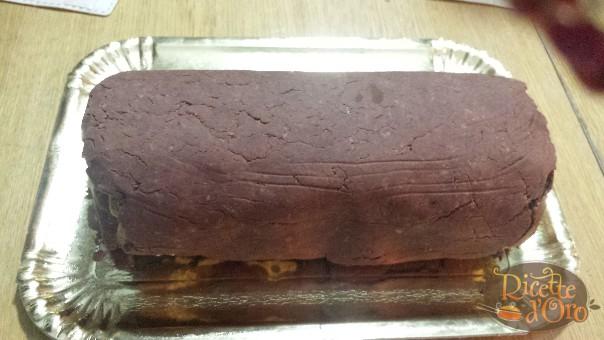 tronchetto-di-castagne-arrotolato