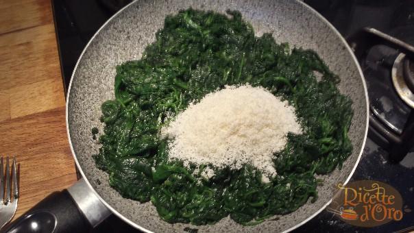 spinaci-al-burro-parmigiano