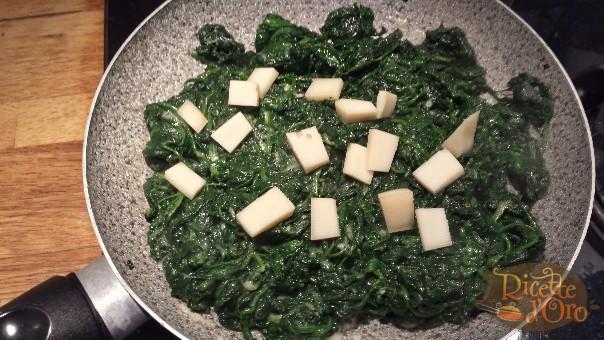 spinaci-al-burro-formaggio