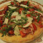 Pizza Prosciutto Crudo Rucola e Pomodorini